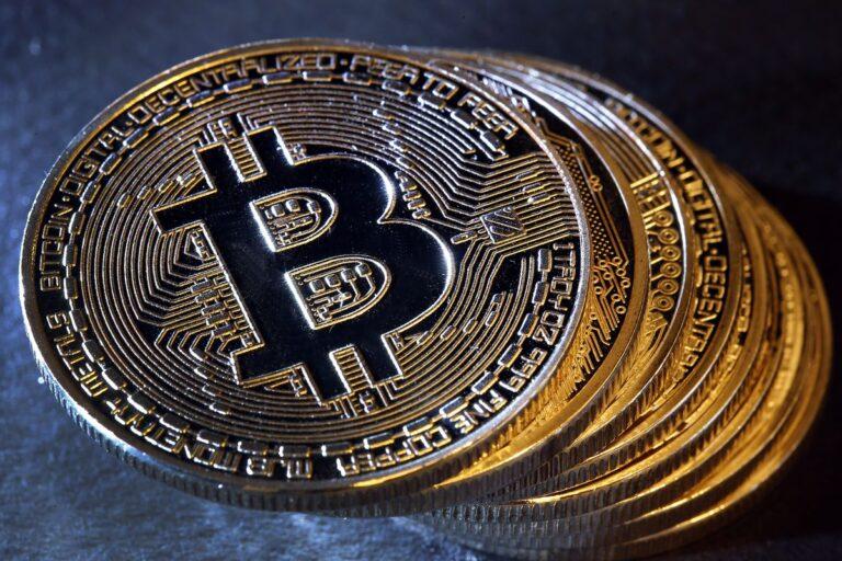 La crypto était destinée à démocratiser la finance, et elle est enfin sur le point