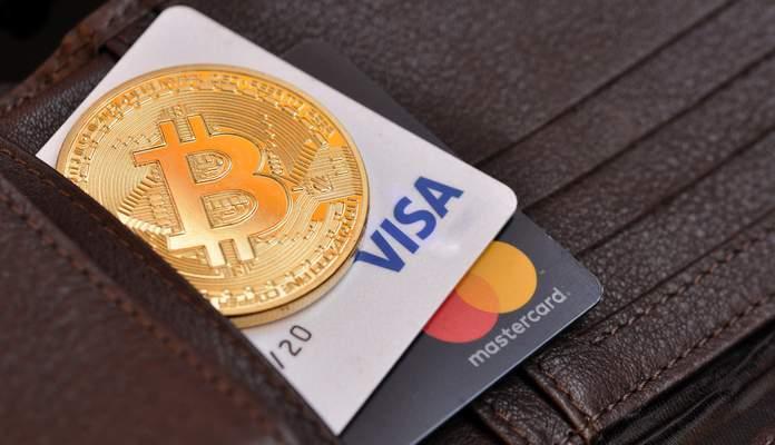 Crypto-monnaie contre cartes bancaires: qui va gagner?